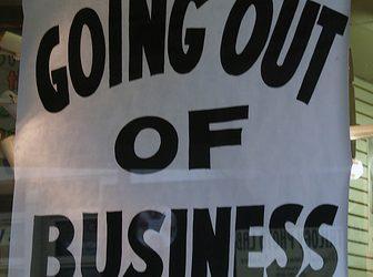 Na łasce wielkich sieci, czyli upadek drobnego handlu